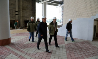 Russian Minister of Sport Vitally Mutko visited the construction site of the «Otkritie Arena» stadium in Tushino.